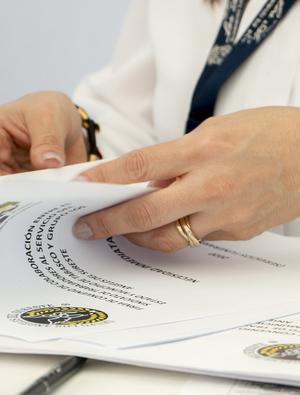EMA rozpoczyna przegląd etapowy molnupirawiru