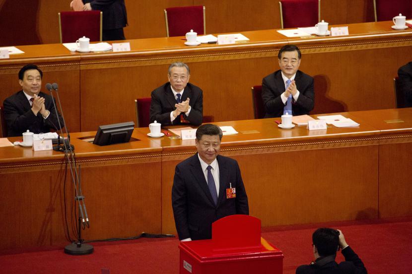 Xi Jinping, prezydent Chin podczas sesji w parlamencie