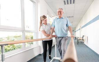 Pacjenci zbyt długo czekają na rozpoczęcie rehabilitacji, a liczba lekarzy orzeczników jest niewystarczająca [RAPORT NIK]