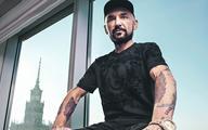 Vega kręci filmy i obraca milionami