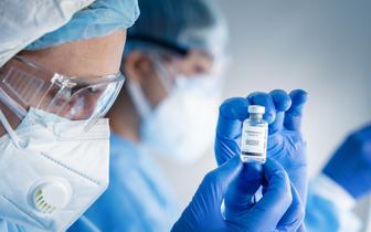 Szczepionka przeciw COVID-19 Pfizera w Izraelu: wstępne dane dotyczące skuteczności są pozytywne