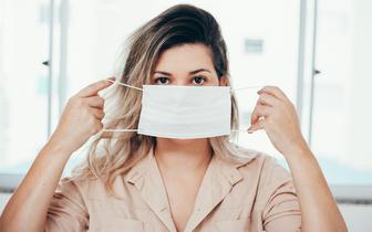 Objawy dermatologiczne występują u ok. 20 proc. chorych na COVID-19