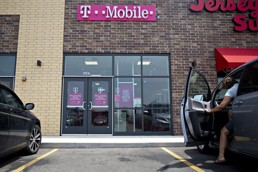 Jeden z punktów stacjonarnych T-Mobile, operatora należącego do Deutsche Telekom