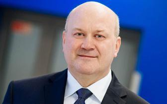 Prof. Marek Rękas: zabiegu usunięcia zaćmy nie należy odkładać, bo jej usunięcie będzie coraz trudniejsze