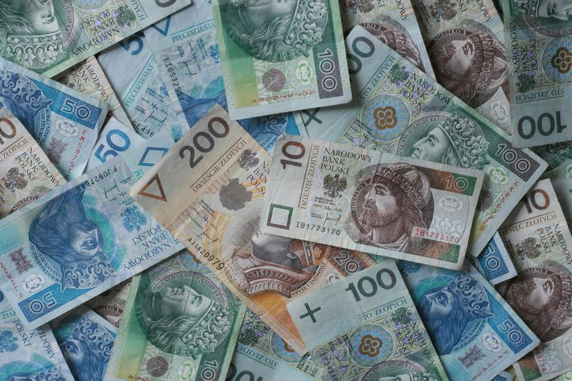 pieniądz, finanse, banknoty, podwyżki