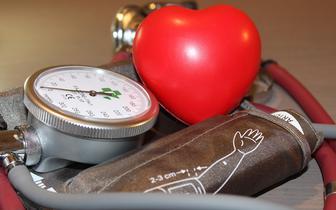 Nadciśnienie tętnicze: mechanizm jego powstawania może być inny u kobiet i mężczyzn [BADANIE]
