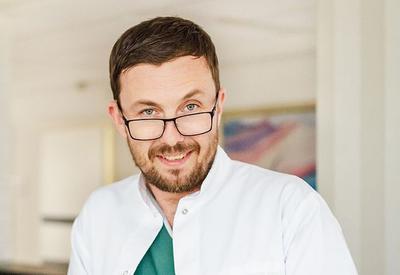 Dr n. med. Jarosław Feluś
