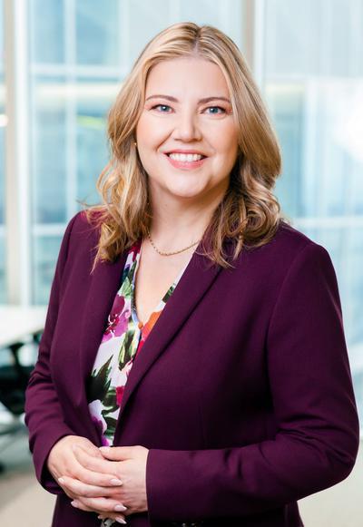 O ile rodzaj pracy to umożliwia, na wniosek pracownika zgadzamy się na niemal 100-procentową pracę zdalną z zastrzeżeniem, że od czasu do czasu może być potrzeba odwiedzenia naszego biura w Warszawie – mówi Anna Urbańska, CEO polskiej spółki Standard Chartered.