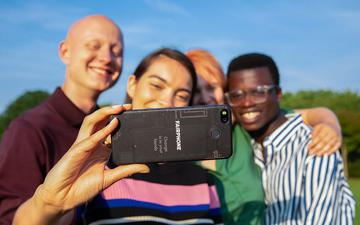 Etyczny smartfon za 2 tysiące
