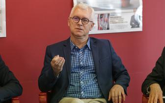 Prof. Paweł Śliwiński: Rok 2020 pod znakiem poznawania nowej choroby COVID-19