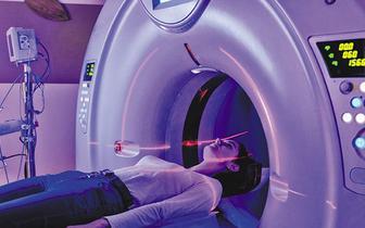Radioterapia w leczeniu chorych na raka piersi stale się rozwija