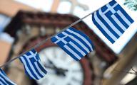 Grecy tną wydatki i podwyższają podatki