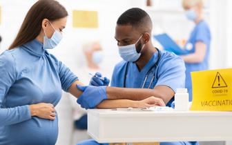 Pfizer rozpocznie badania kliniczne szczepionki przeciw COVID-19 u kobiet w ciąży