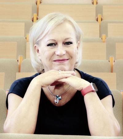 Prof. dr hab. n. med. Brygida Kwiatkowska, kierownik Kliniki Wczesnego Zapalenia Stawów w Narodowym Instytucie Geriatrii, Reumatologii i Rehabilitacji w Warszawie