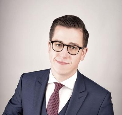 Radca prawny Marcin Andrzejewicz, specjalizujący się w zagadnieniach prawa medycznego i prawa procesowego