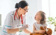 Eksperci: szczepienia ważne w zapobieganiu zapaleniu płuc