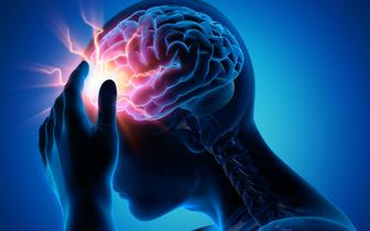 Udar mózgu: pierwsze sygnały mogą pojawić się już 10 lat wcześniej [BADANIA]