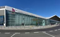 Lotnisko Chopina: 2 mln pasażerów w sezonie wakacyjnym