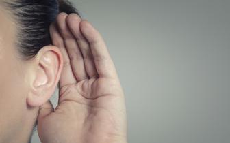 WHO: do 2050 r. co czwarta osoba będzie mieć problemy ze słuchem