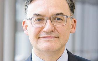 Prof. Konrad Rejdak: objawy neurologiczne zwiastują ciężki przebieg COVID-19