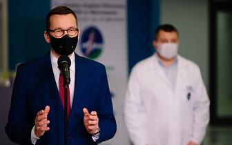 Premier: w drugim dniu Świąt szczepionki przeciw COVID-19 dotrą do Polski