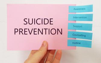Samobójstwa i próby samobójcze - gdzie należy szukać źródeł problemu?
