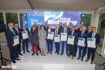 Finaliści 11. edycji konkursu Złoty Skalpel z Małgorzatą Konaszczuk, redaktor naczelną