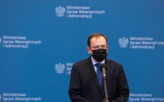 """Minister Kamiński: """"ostra reakcja  państwa"""" wobec ataków na punkty szczepień"""