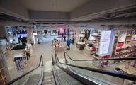 W sierpniu centra handlowe odwiedziło prawie tyle samo osób co przed pandemią