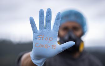 Zespół PAN ds. COVID-19 apeluje o powołanie niezależnej od rządu instytucji ds. komunikowania zagrożeń związanych z pandemią