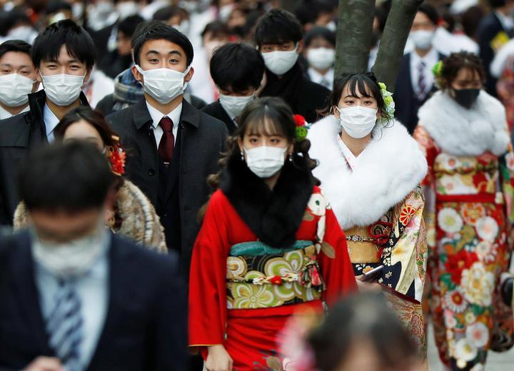 Japonki mogą obserwować dyskusje wpartii, ale muszą milczeć