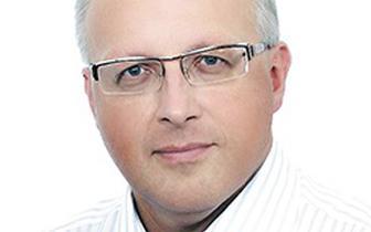 Prof. Robert Flisiak: Rolą szczepień przeciw SARS-CoV-2 jest ograniczenie śmiertelności i udrożnienie placówek służby zdrowia