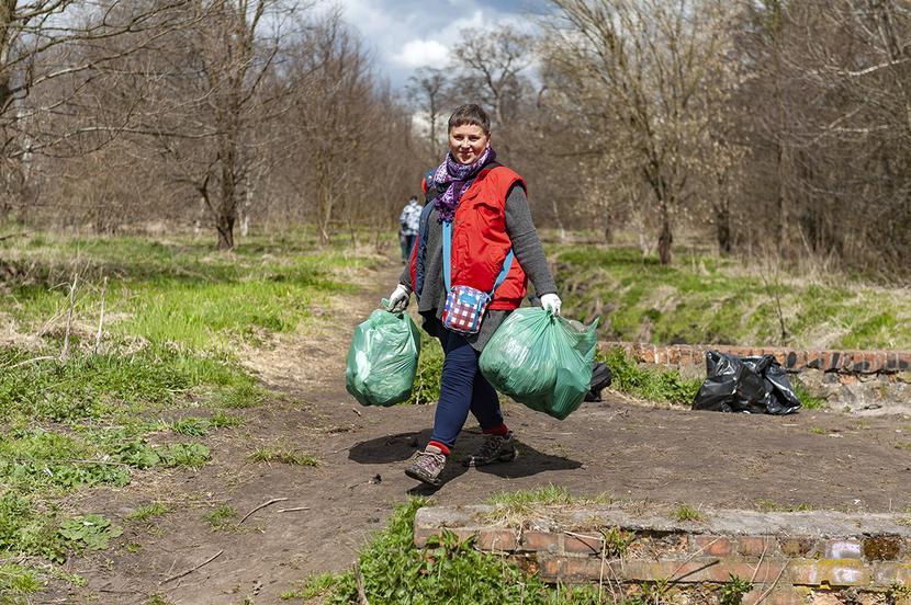 Sprzątanie rzeki Jasień i okolicznych terenów: