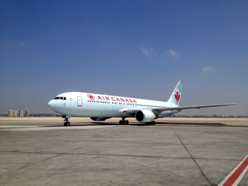 Samolot linii lotniczej Air Canada