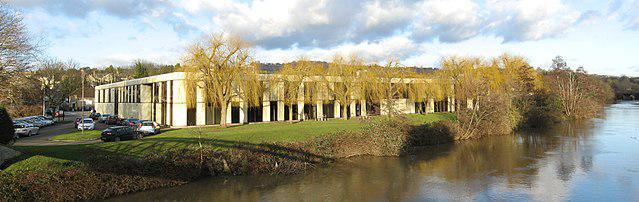 Fabryka Hermana Millera w Wielkiej Brytanii.