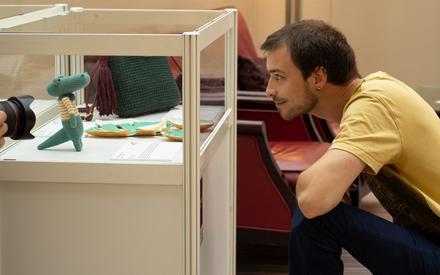 Pomagaj z pasją: wystawa i licytacja dzieł pracowników firm z całej Polski