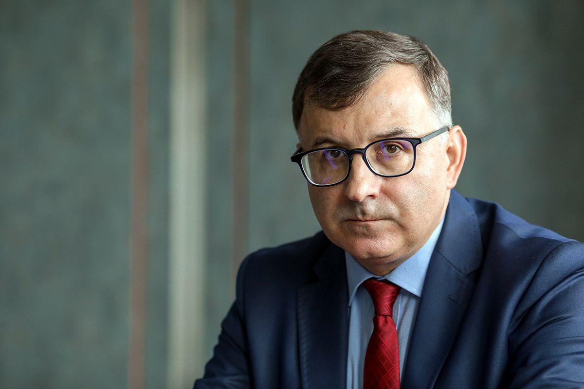 Zbigniew Jagiełło zrezygnował z funkcji prezesa PKO BP - Puls Biznesu - pb.pl