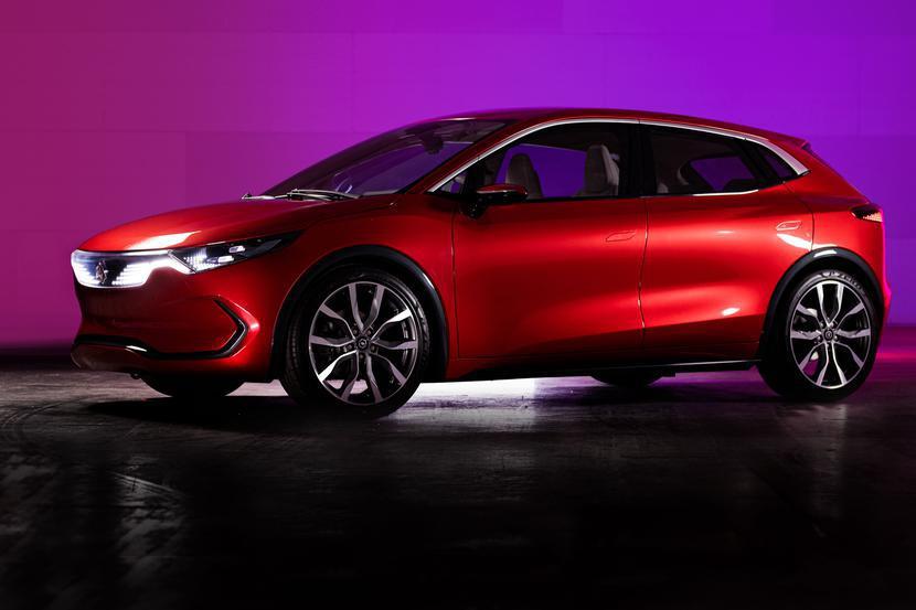 Izera w wersji SUV i hatchback -prototypy polskiej marki samochodów elektrycznych mat. prasowe