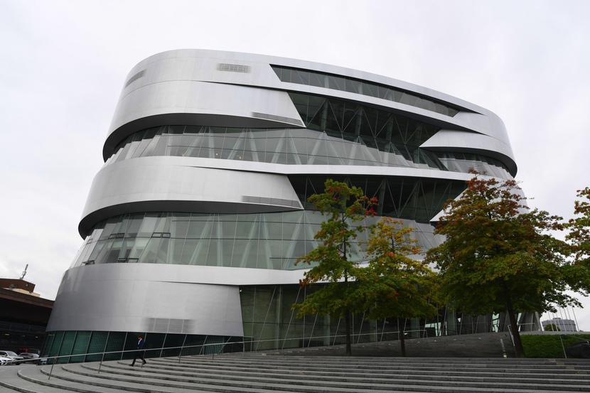 Siedziba Daimler AG w Stuttgarcie
