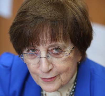Prof. dr hab. n. med. Lidia Brydak
