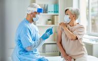 Premie dla POZ za szczepienia przeciw COVID-19: jak są liczone, kiedy będą wypłacane?