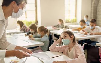 Czarnek: chcemy, by do szkół wrócili wszyscy nauczyciele, również niezaszczepieni
