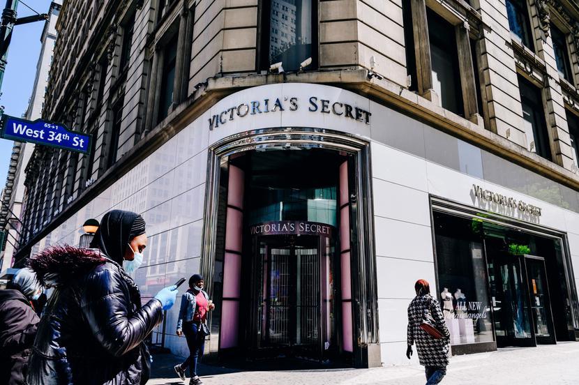 Jeden ze sklepów Victoria's Secret