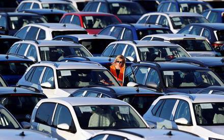 Wielka Brytania: coraz więcej używanych aut droższych niż nowe tej samej marki