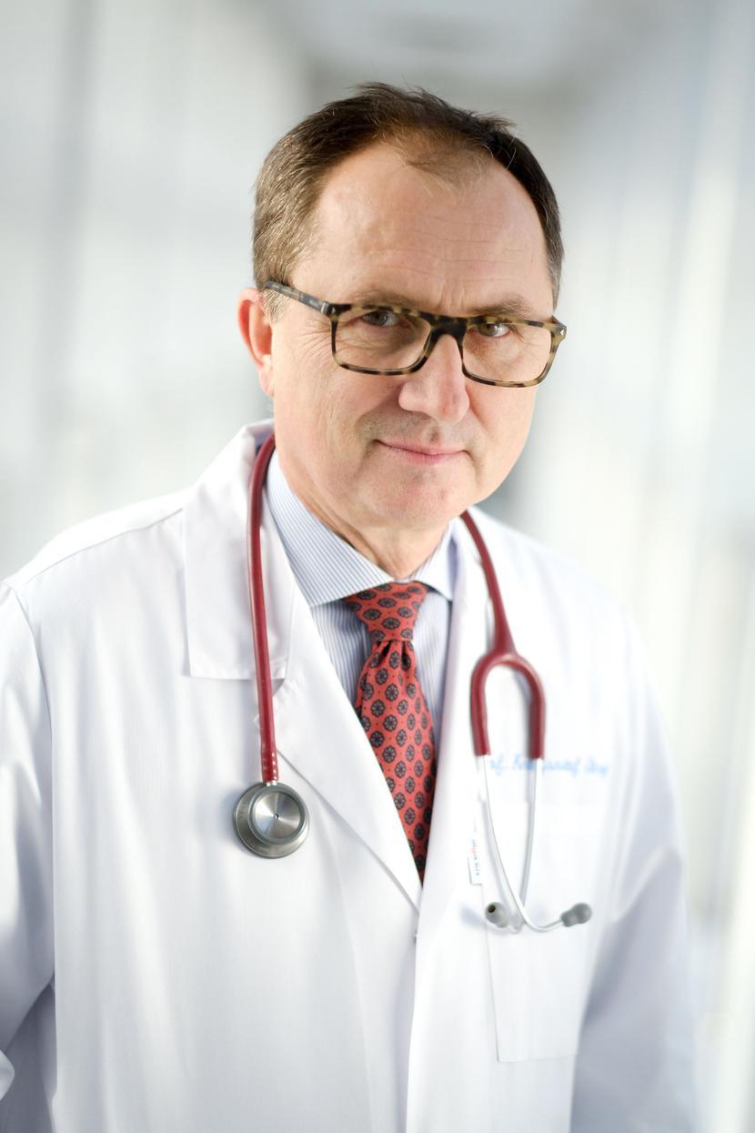 Prof. dr hab. n. med.  Krzysztof Strojek