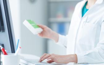 IQVIA o zmianach na liście refundacyjnej: za 1008 opakowań leków pacjenci zapłacą drożej