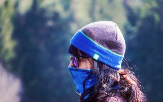 W szerzeniu się COVID-19 temperatura i wilgotność powietrza mają niewielkie znaczenie