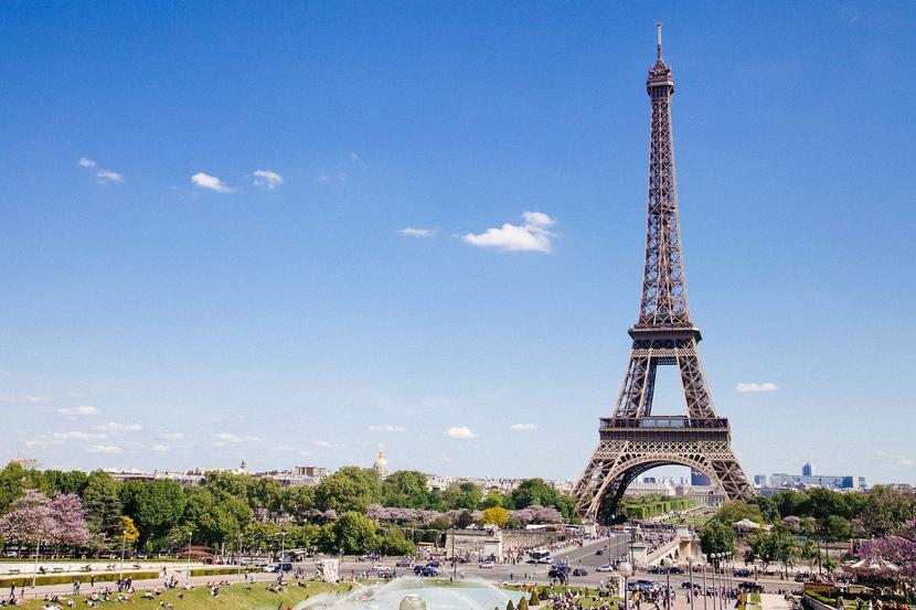 Paryż - Wieża Eiffla  Fot. Free-Photos/Pixabay