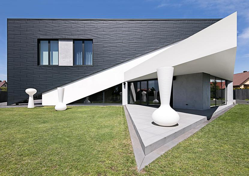 Re: Triangle House