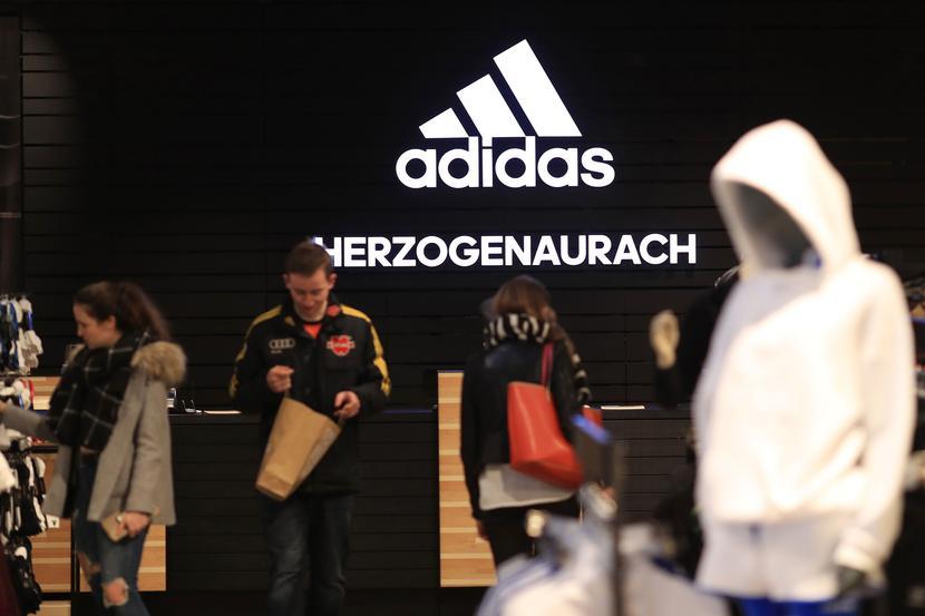 Adidas fot. Bloomberg